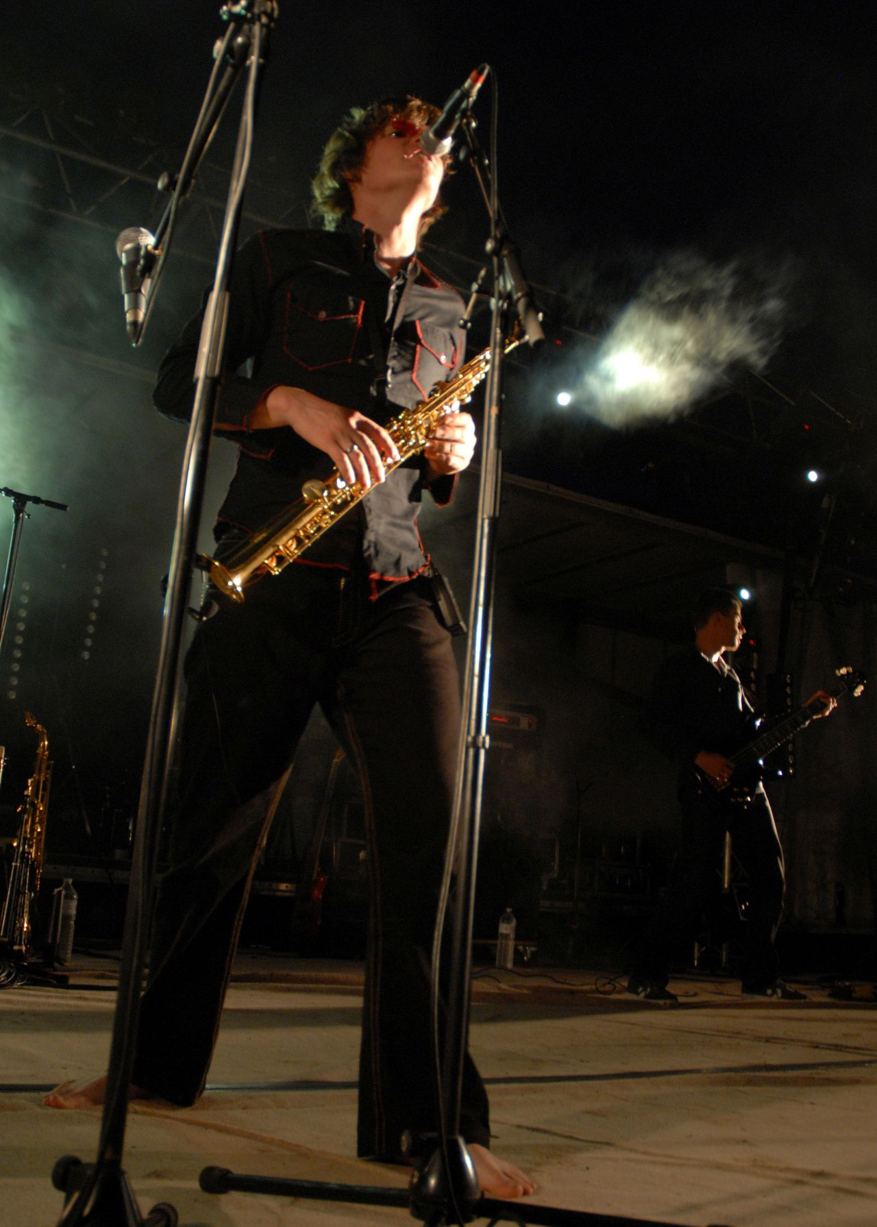 2008 (16)