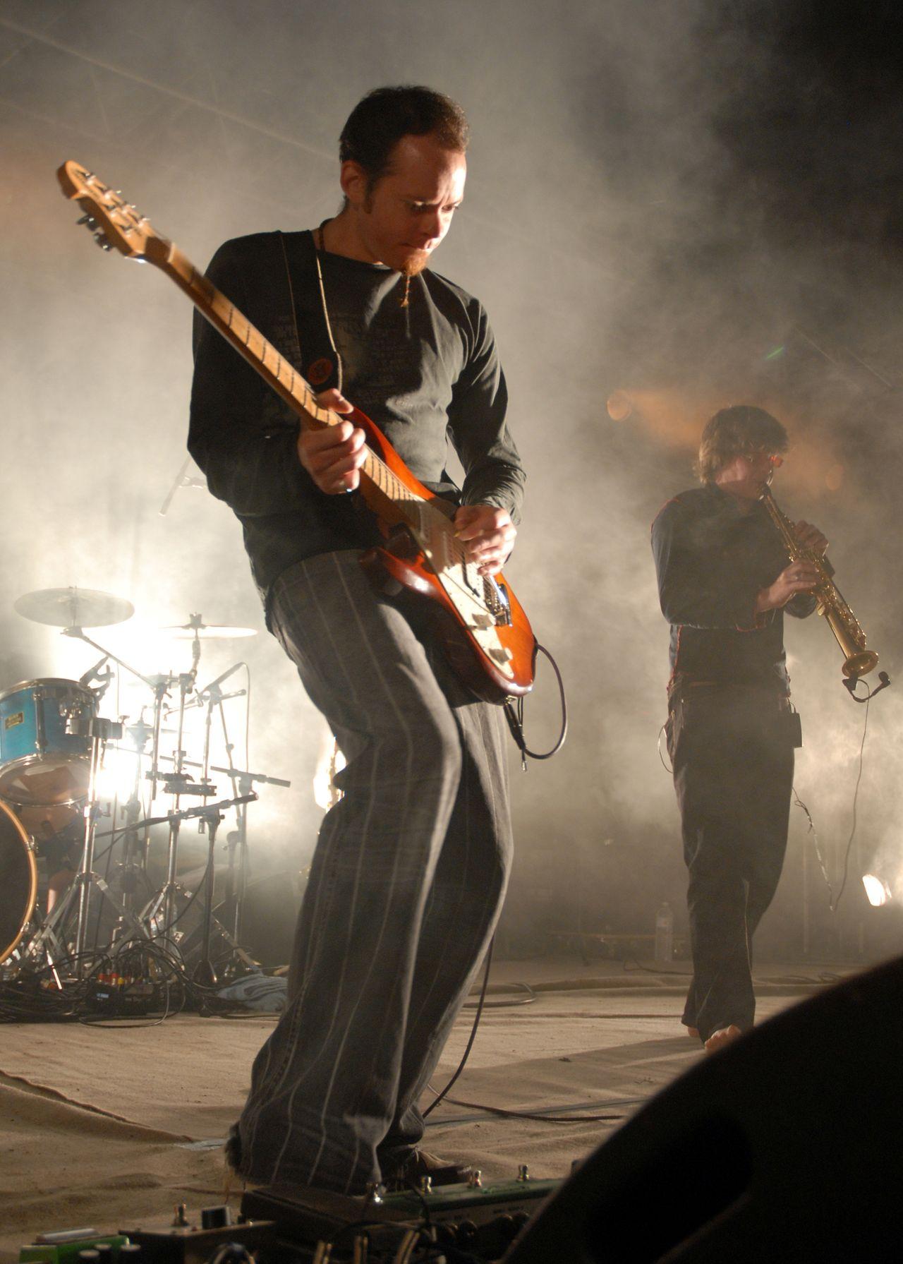 2008 (20)