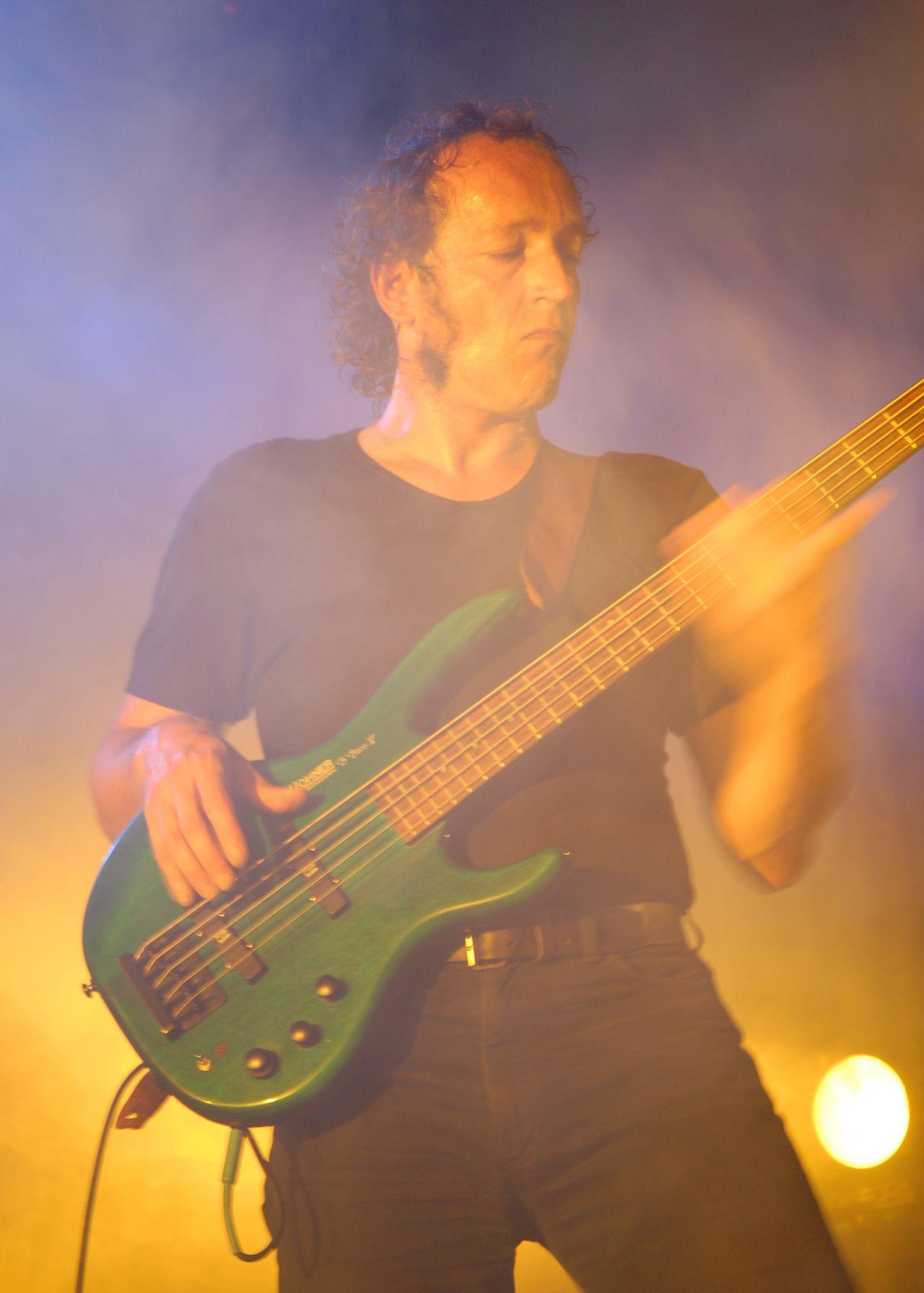 2008 (401)