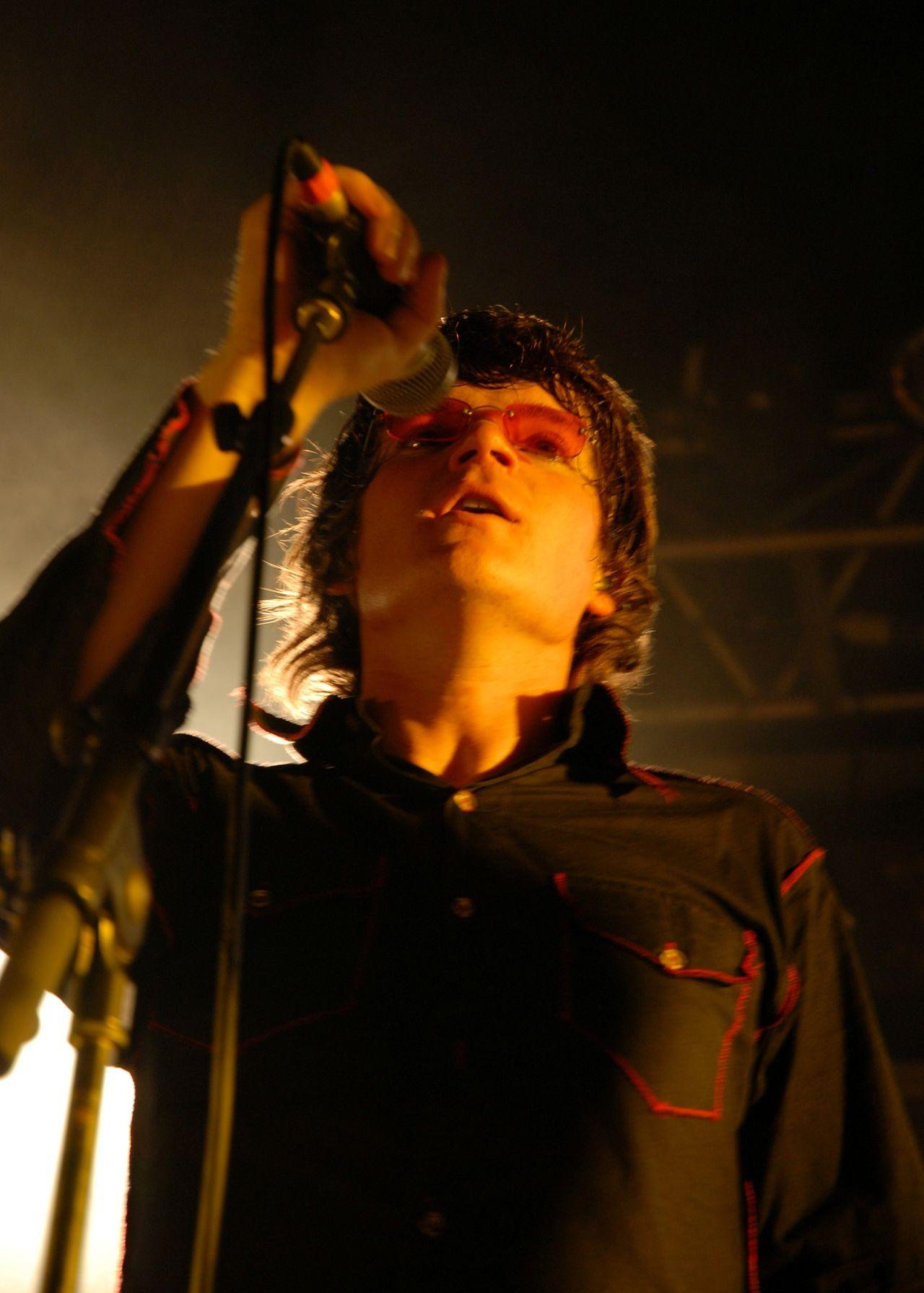 2008 (87)