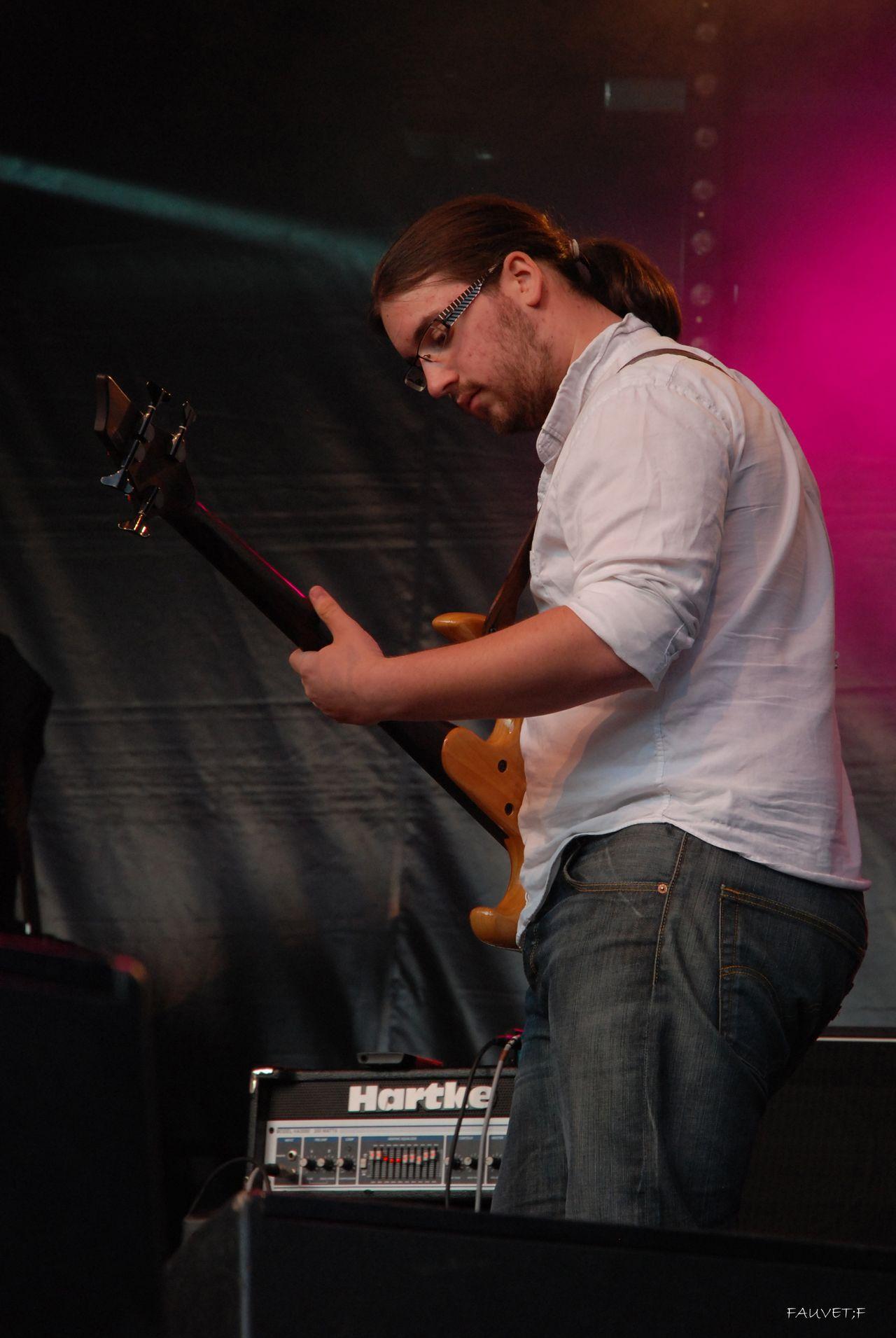 2011 (214)