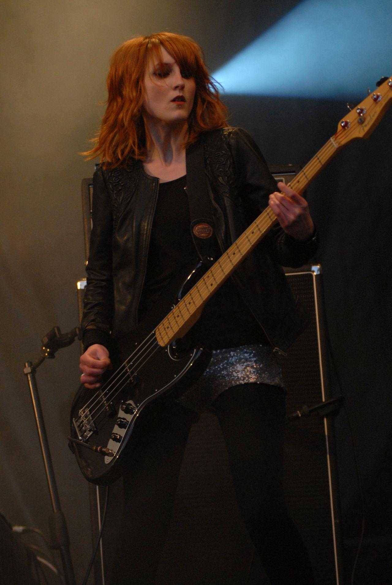 2013 (1)